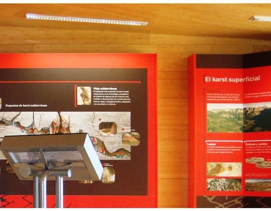 Centro de Interpretación Parque Natural los Calares. Yeste.  interior4
