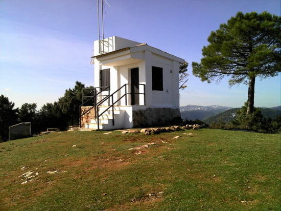 Alto del Bañadero. Paterna del Madera.  Caseta forestal alto bañadero