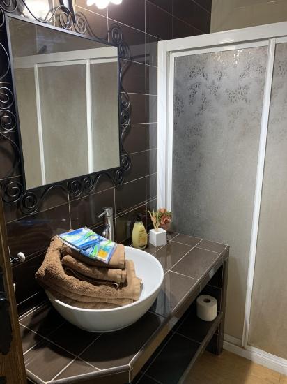 CR Las Tinajas de Morote baño completo