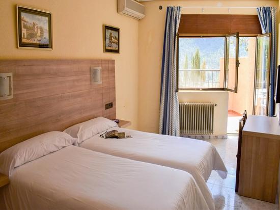 Hotel Felipe II Habitación dos camas