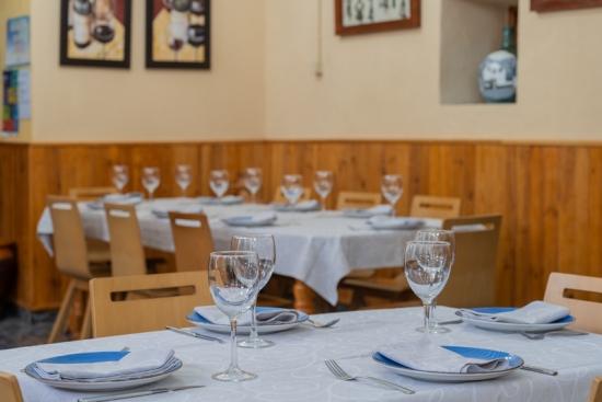 Restaurante la Toba interior restaurante