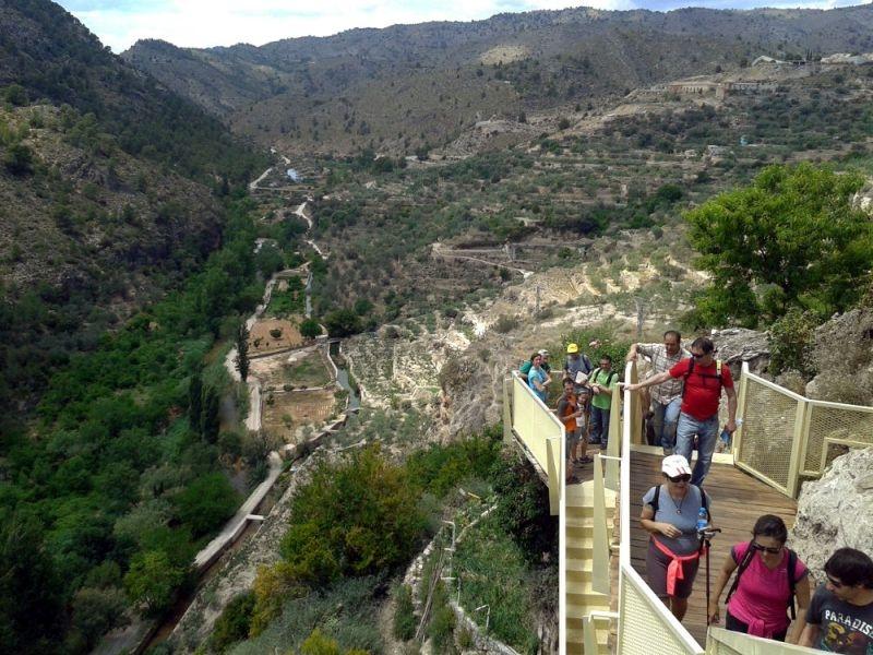 Mirador y cueva del Pilancón. Liétor.   Pilancon