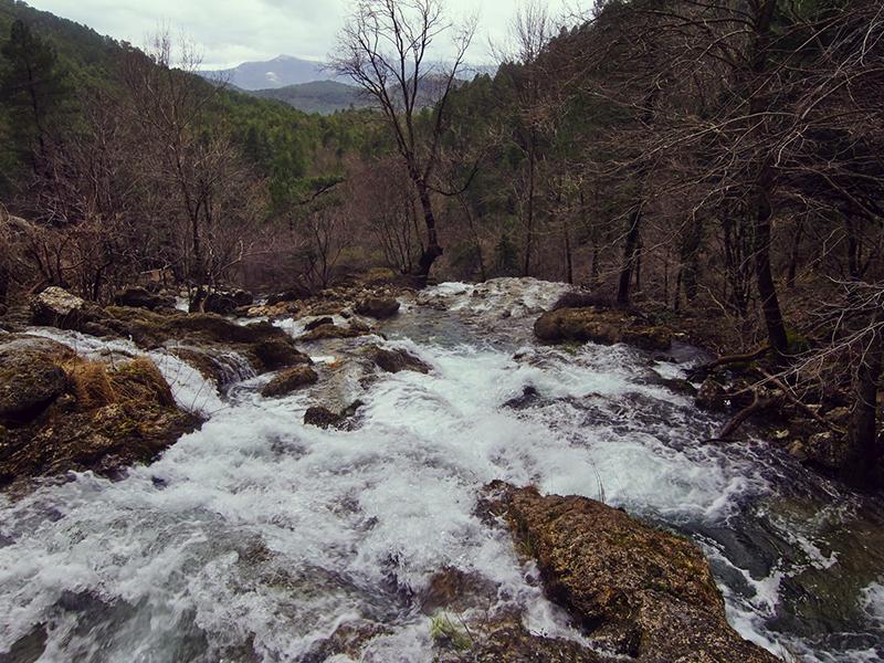 Chorros o nacimiento del río Mundo. Riópar.  Nacimiento río Mundo 4