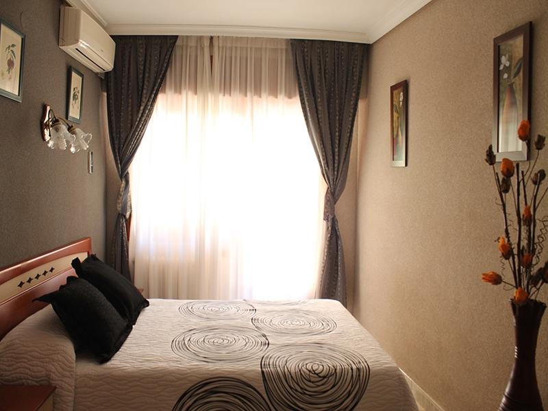 Hotel Felipe II Habitación de matrimonio