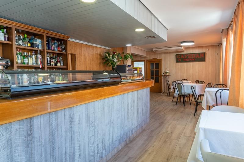 Hotel el Moreno barra de restaurantes