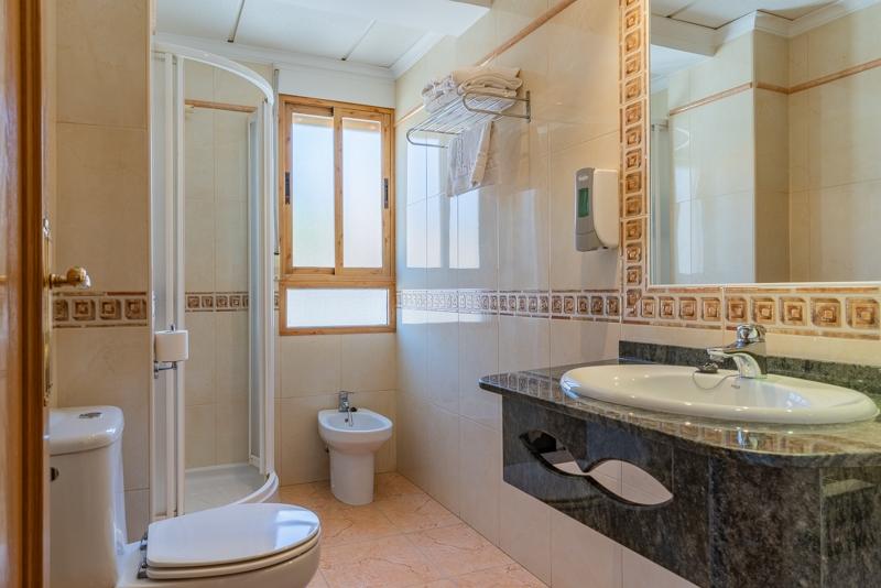 Hotel el Moreno cuarto de baño