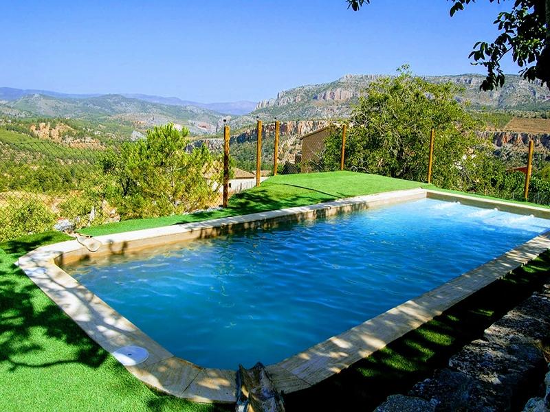 Casa rural El Callejón piscina de la casa rural