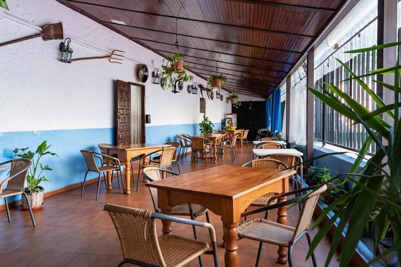 Restaurante la Toba terraza del restaurante
