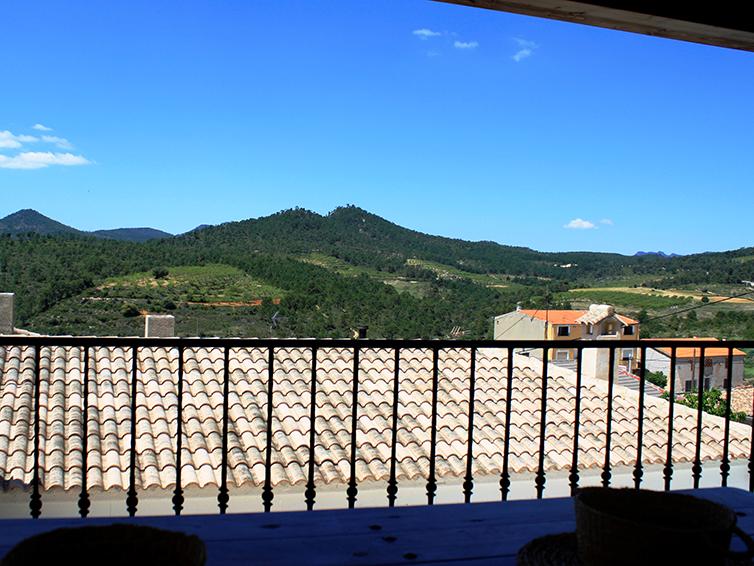 Casa rural el Abuelo Luis Vistas desde porche